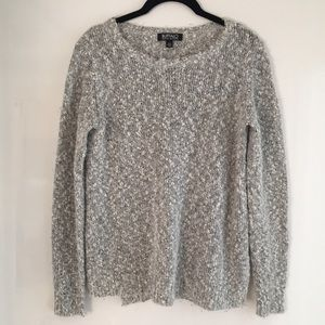 2 for 20.00 ⭐️ Buffalo Popcorn Sweater S